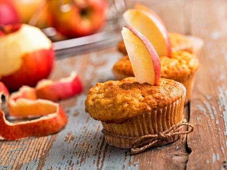 Мъфини с ябълки, ванилия и маково семе - снимка на рецептата
